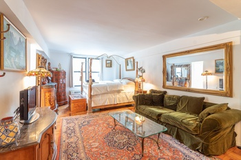 CALL TO VIEW! OPEN HOUSE SATURDAY 12/15 (12:30PM- 1:30PM) IMMEDIATE MOVE-IN ! Spectacular!Furnished!Studio! by Murray Hill for $2,390 WOW