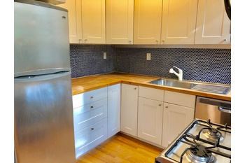 No fee Newly Renovated One Bedroom in Fort Greene